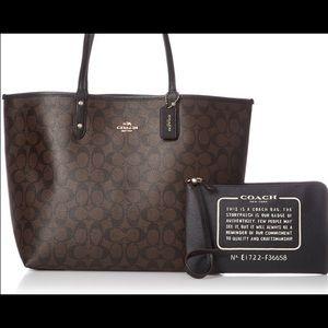 Handbags - Coach Reversible Signature Tote & ZIP Pouch